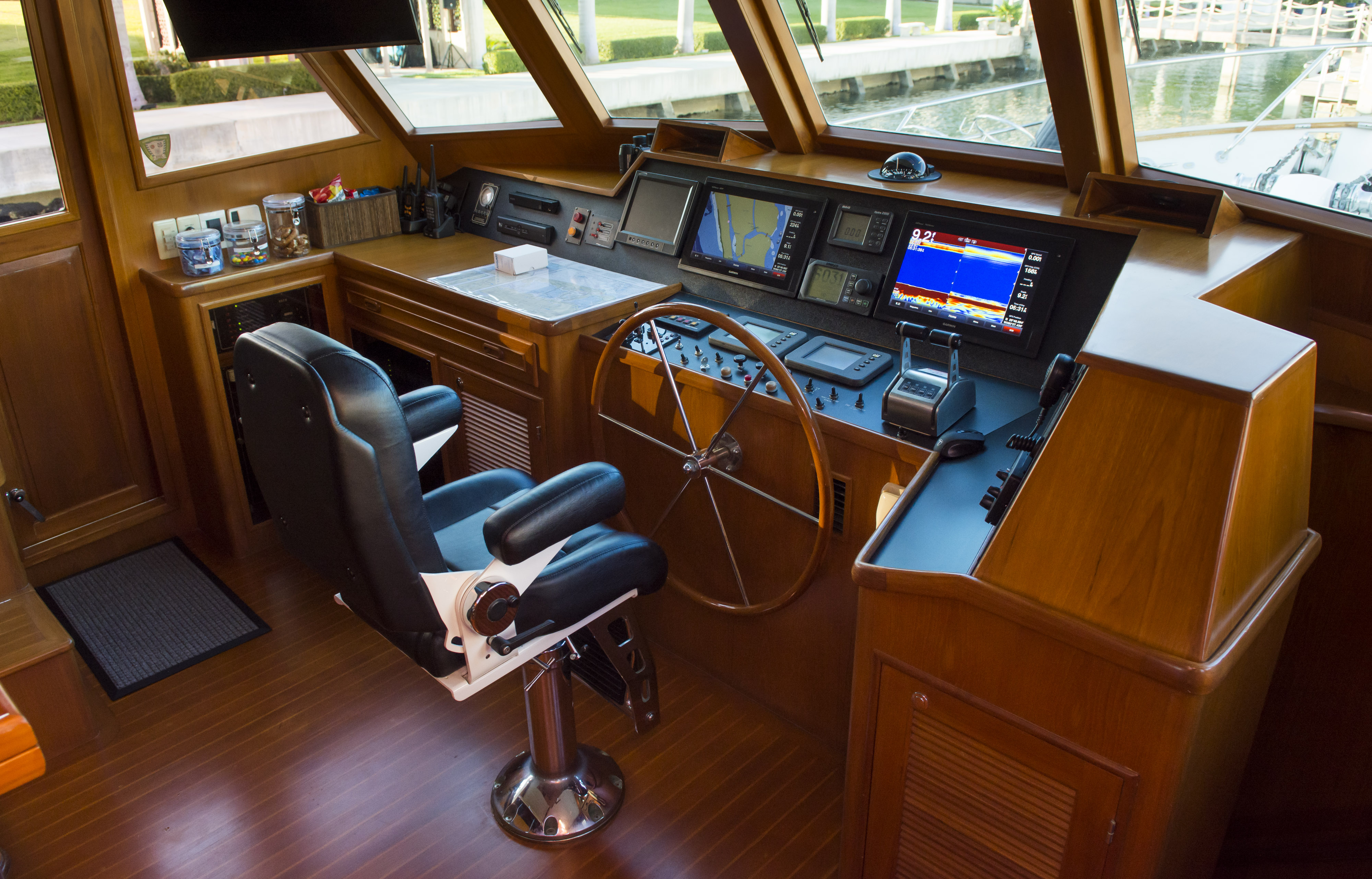 Lower helm and pilothouse
